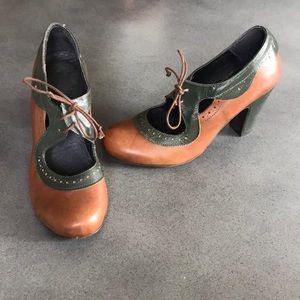 Miz Mooz Barcelona leather Mary Jane heels